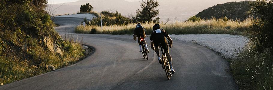 Quieres compara una bicicleta de carretera? En Bicis Pasaje encontraras una amplia gama de bicis de carbono, aluminio con Shimano Ultegra, 105 y mucho mas. Lo mas barato del mercado.